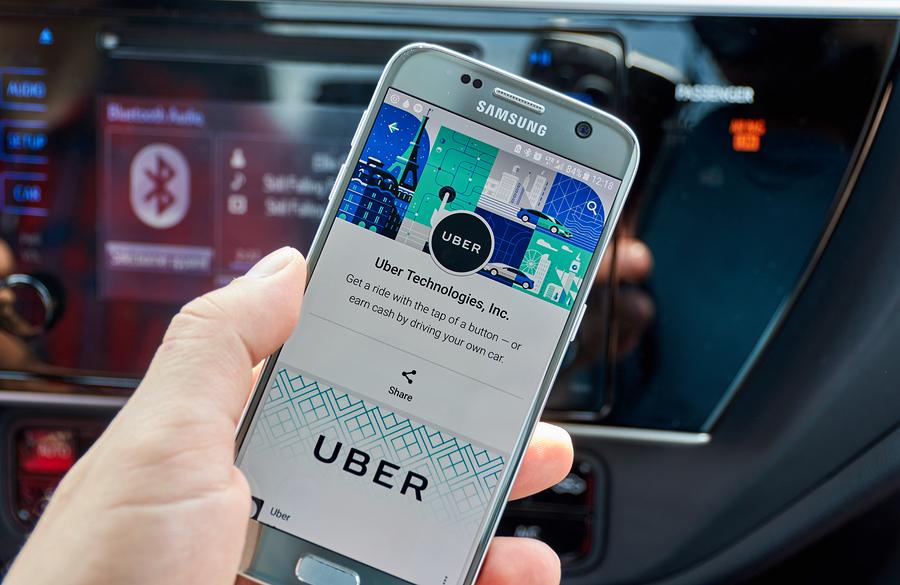 El celular, lo que olvidan más en Uber