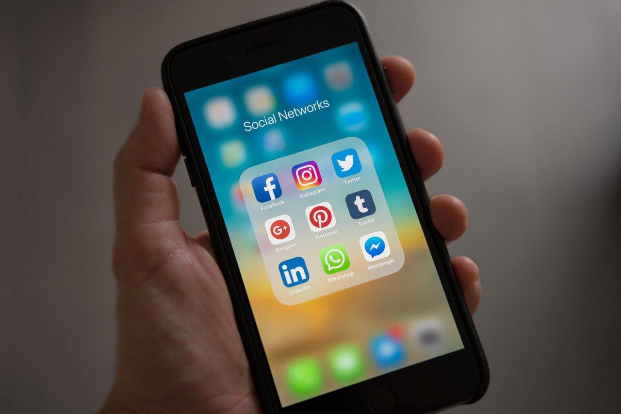 Diferencias en el uso de redes sociales por parte de la Generación Z y Millennials