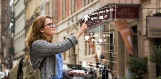 Augmented Reality-Realidad Aumentada-Bigstock
