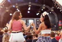 Fest-Musica-Girls-Shutterstock