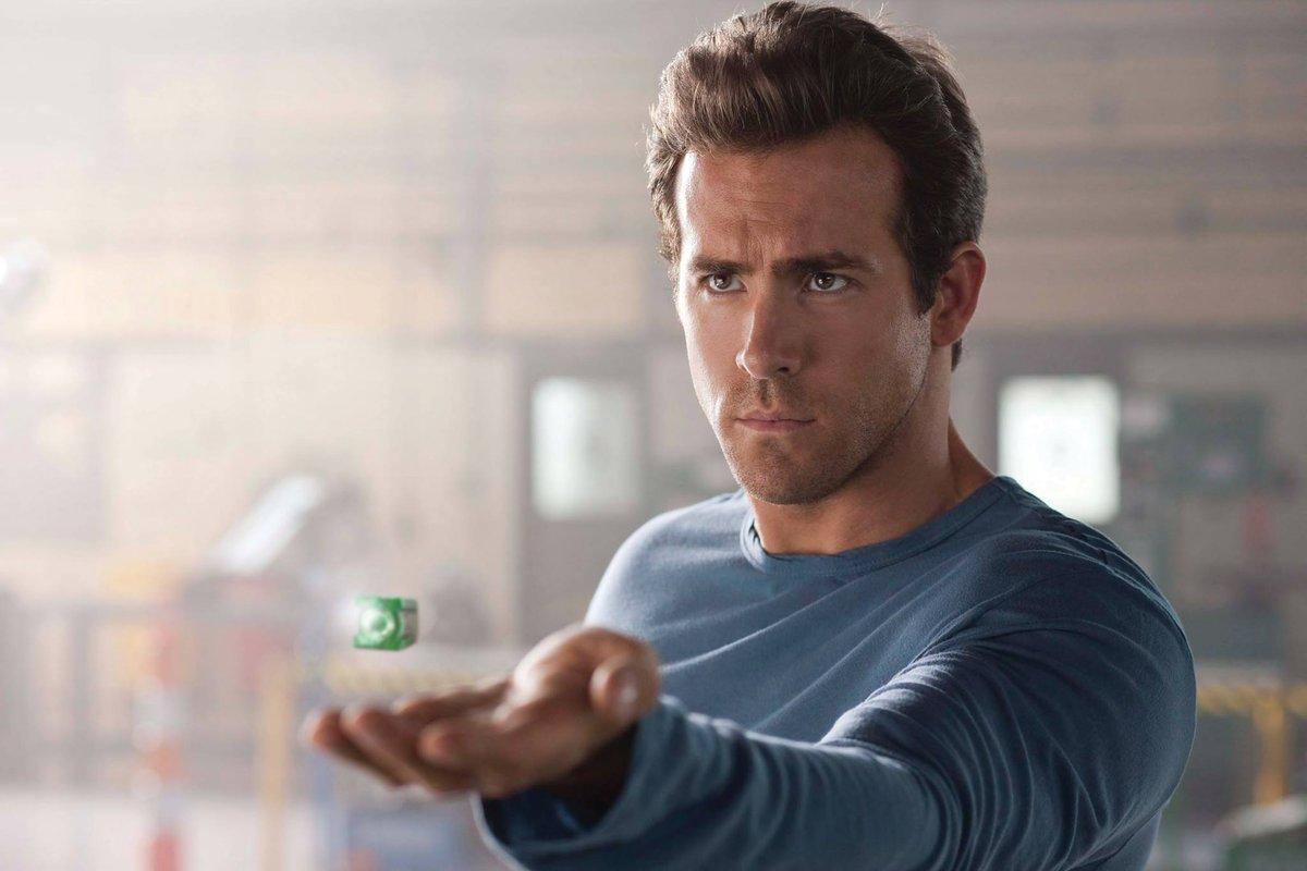 Warner Bros-Deadpool-Ryan Reynolds
