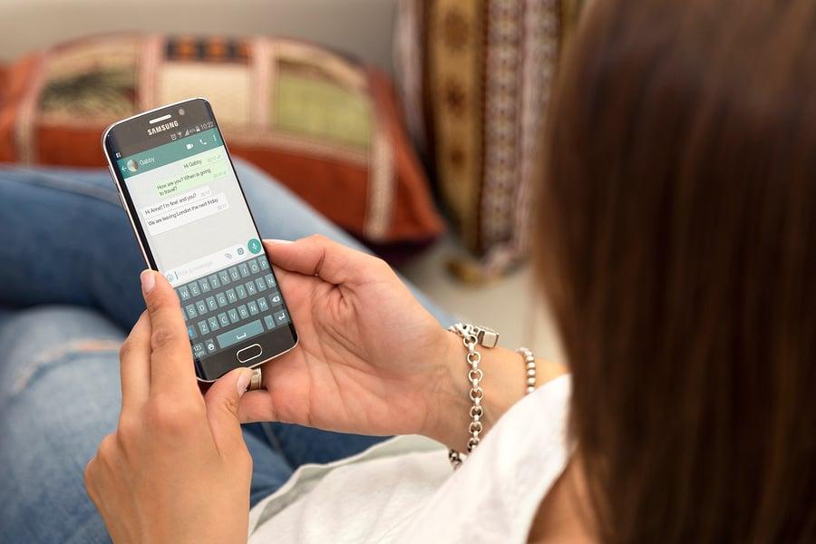 Momo, el número siniestro de WhatsApp