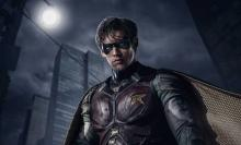 DC-Warner Bros-Brenton Thwaites-Dick Grayson-Robin-01-shot