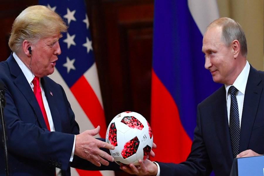 Trump pospone reunión con Putin hasta el 2019