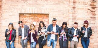 AI-mercadologos-smartphone