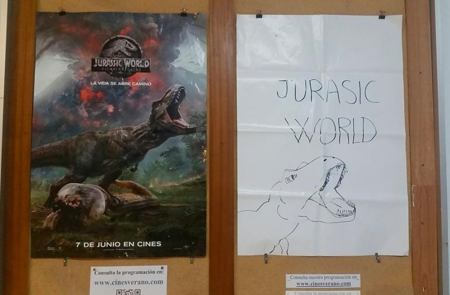 Un cine de Murcia dibuja con boli el póster de 'Jurassic World'