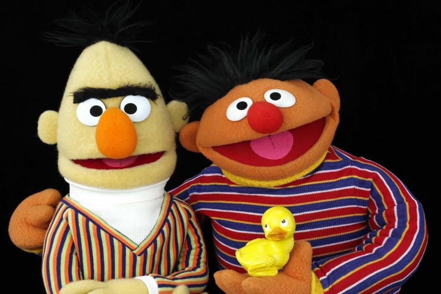 ¡Confirmado! Enrique y Beto, de Plaza Sésamo, son pareja