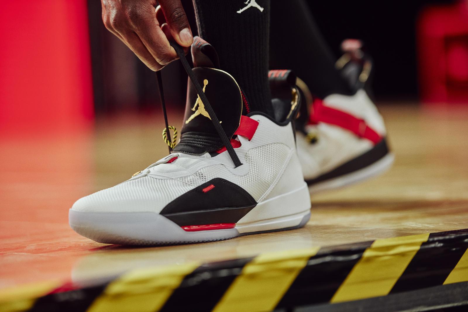 Nike-Air Jordan XXXIII FastFit-03