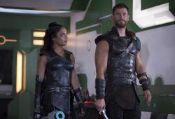 Thor Ragnarok-Marvel-Tessa Thompson-Chris Hemsworth