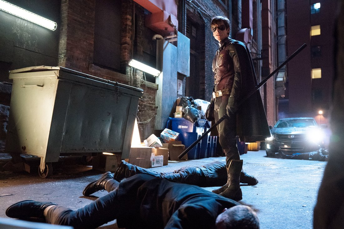 Titans-Robin-DC-Warner-Bros.