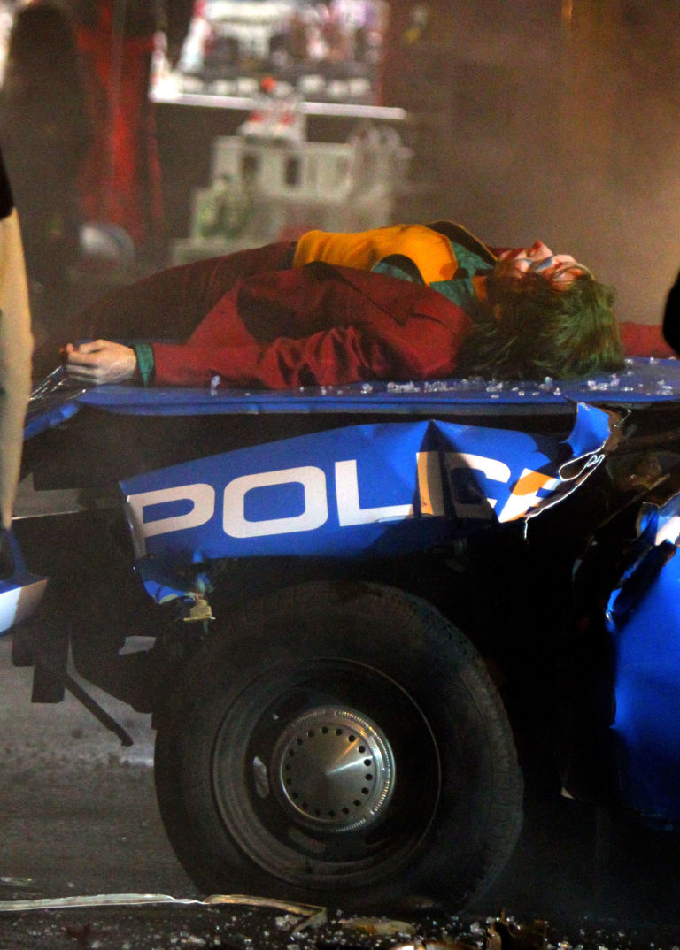 The Joker-Joaquin Phoenix-Police-05