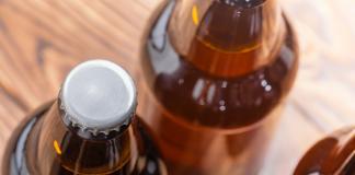 Ab Inbev invierte en comprar cervezas artesanales. Bigstock