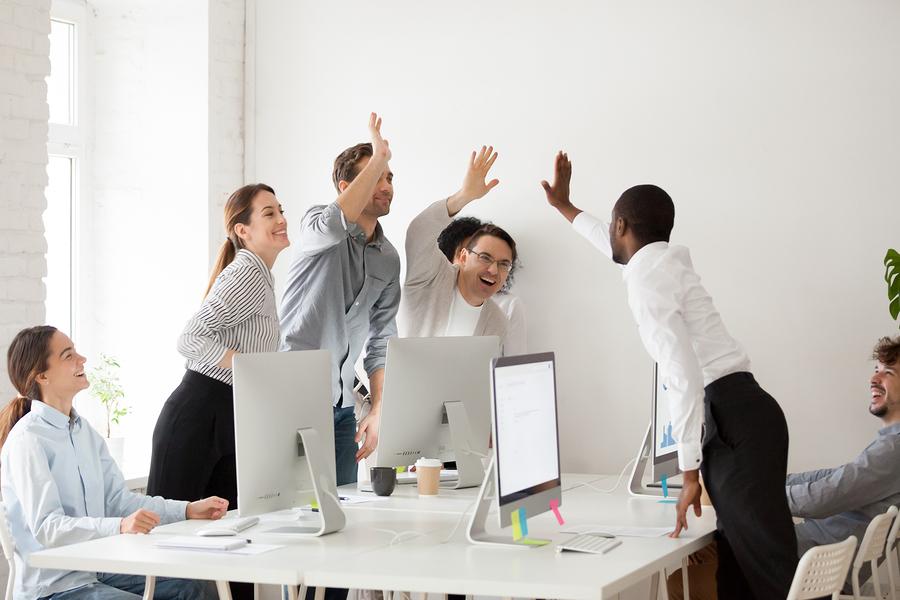 empleados-trabajar-marketing