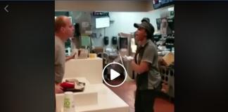 McDonalds-Popote-cliente-empleada