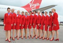 Uniforme de las azafatas de Virgin Atlantic Airways