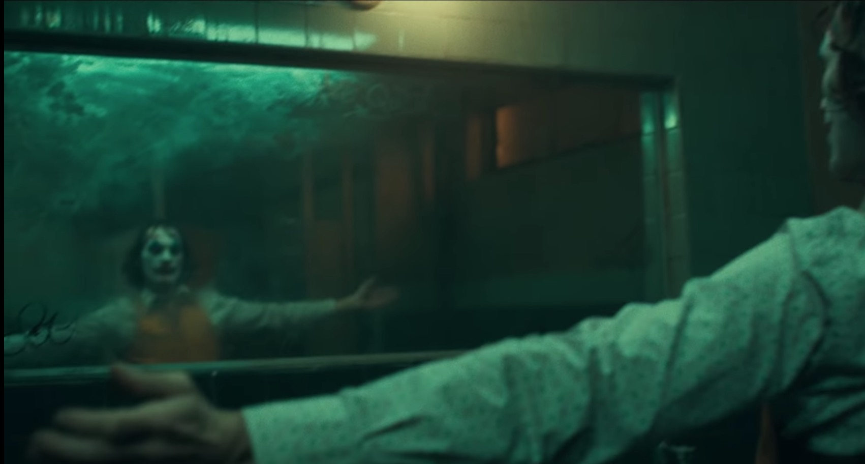 Joker-Warner Bros-DC-Teaser Trailer