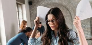 Las 5 actitudes fatales que un empleado puede tener en la oficina