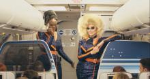 JetBlue estrena avión con destino al orgullo gay inspirado en RuPaul's Drag Race