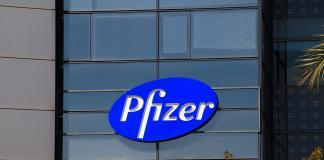 Acusan a Pfizer de ocultar al mundo un medicamento que combateel alzheimer