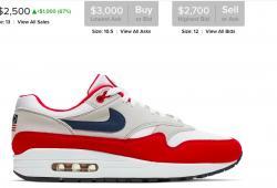Desobedecen a Nike y están vendiendo los polémicos tenis con la bandera de Betsy Ross por 2,500 dólares, costaban 120