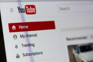 logo de YouTube en la web