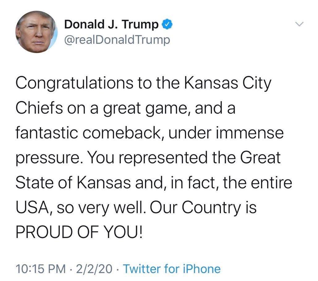 """Trump se equivoca y felicita al """"estado de Kansas"""" por ganar el Super Bowl"""