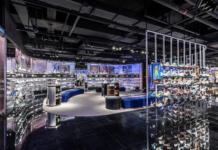 Nike-retail shop-Rise