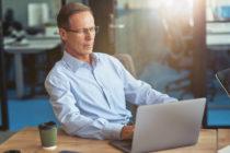 encontrar trabajo después de los 50 - oportunidades de negocio