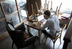 Restauranteros piden evitar regresar a semáforo rojo