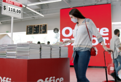 Office Depot celebra su mes de aniversario