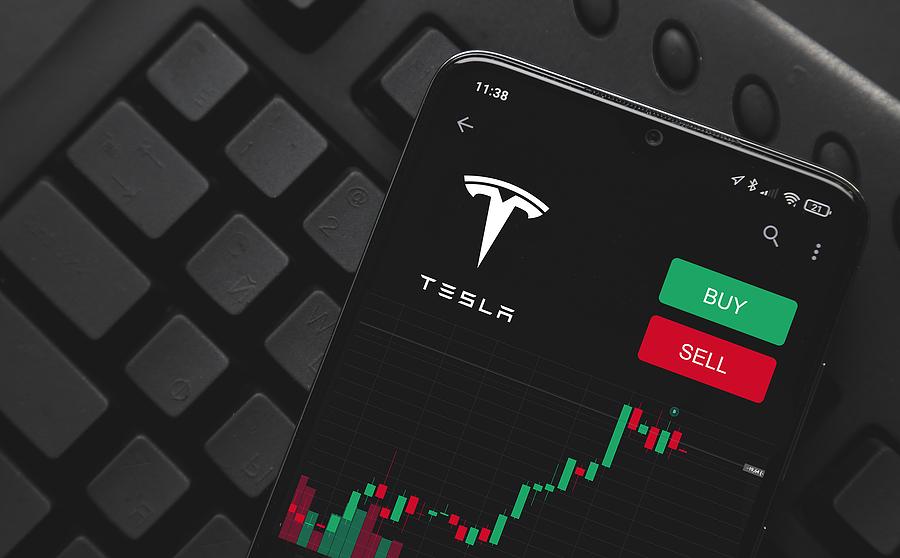 Acciones de Tesla