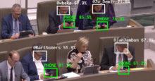 Los politicos y el telefono IA
